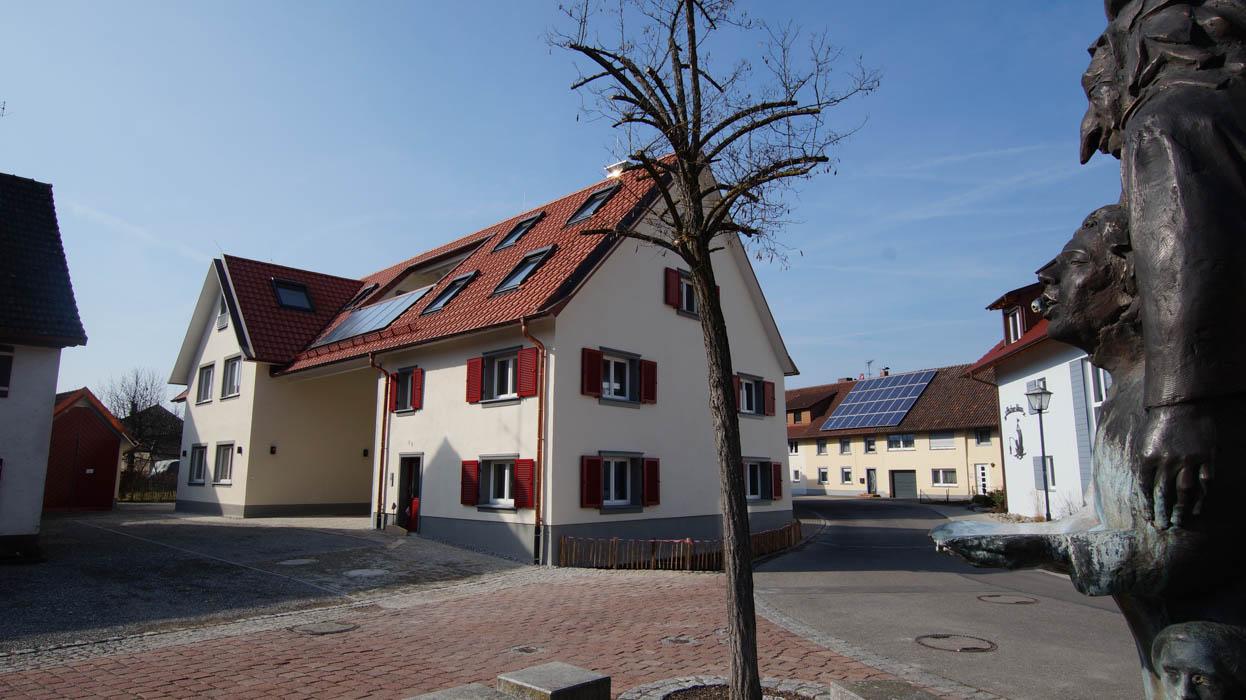 Architekt Radolfzell | Thomas Köster | Architektur - Baukultur Radolfzell Architekt Radolfzell | Thomas Köster |Moos - 1 Straßenansicht Altbau Neubau 1